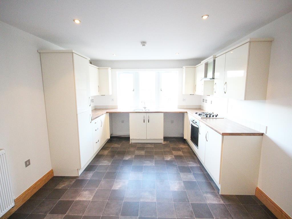 2 bedroom flat For Sale in Foulridge, Colne - IMG_0907.jpg